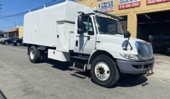 International 16 Foot Tree Chip Truck full