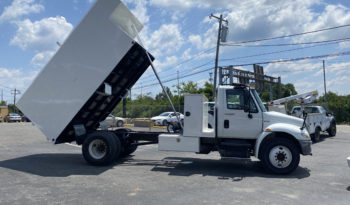 International 16 Foot Tree Chip Truck full